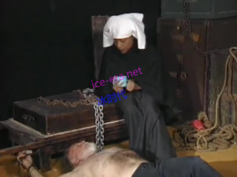 Female Slaves Revengee.mp4_004407.444.jpg